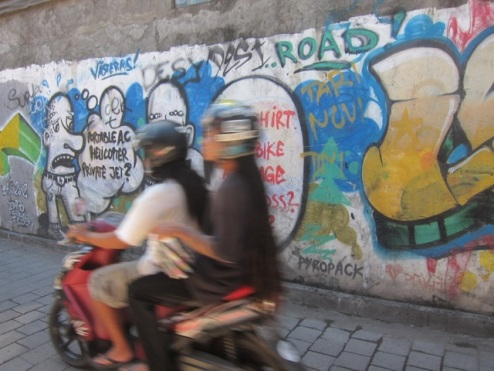 zoom zoom zoom Kuta = motorbikes